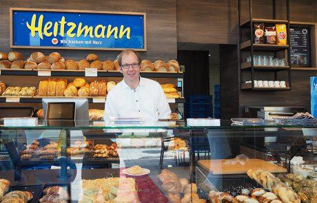 Herr A. Heitzmann arbeitet mit !